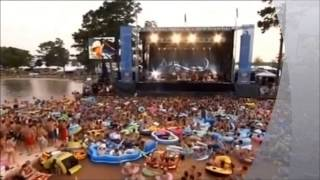 Alan Jackson  - Little Bitty  + +        (Live Concert)