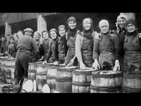 Sgaoth Sgadain (Shoals Of Herring) - The Lochies - Gaidhlig supergroup