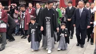 11月27日(日)11:00雷門発進で中村屋のお練り。 今回は歌舞伎座の二月大...