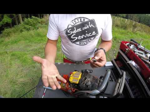 Chainsaw spark plug maintenance