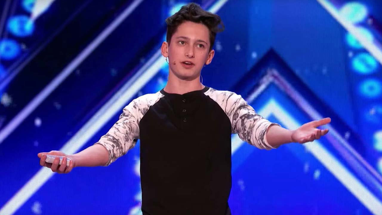 Americas got talent 2017 magician - 15 Year Old Magician Stuns America S Got Talent Judges With Epic Card Trick Watch