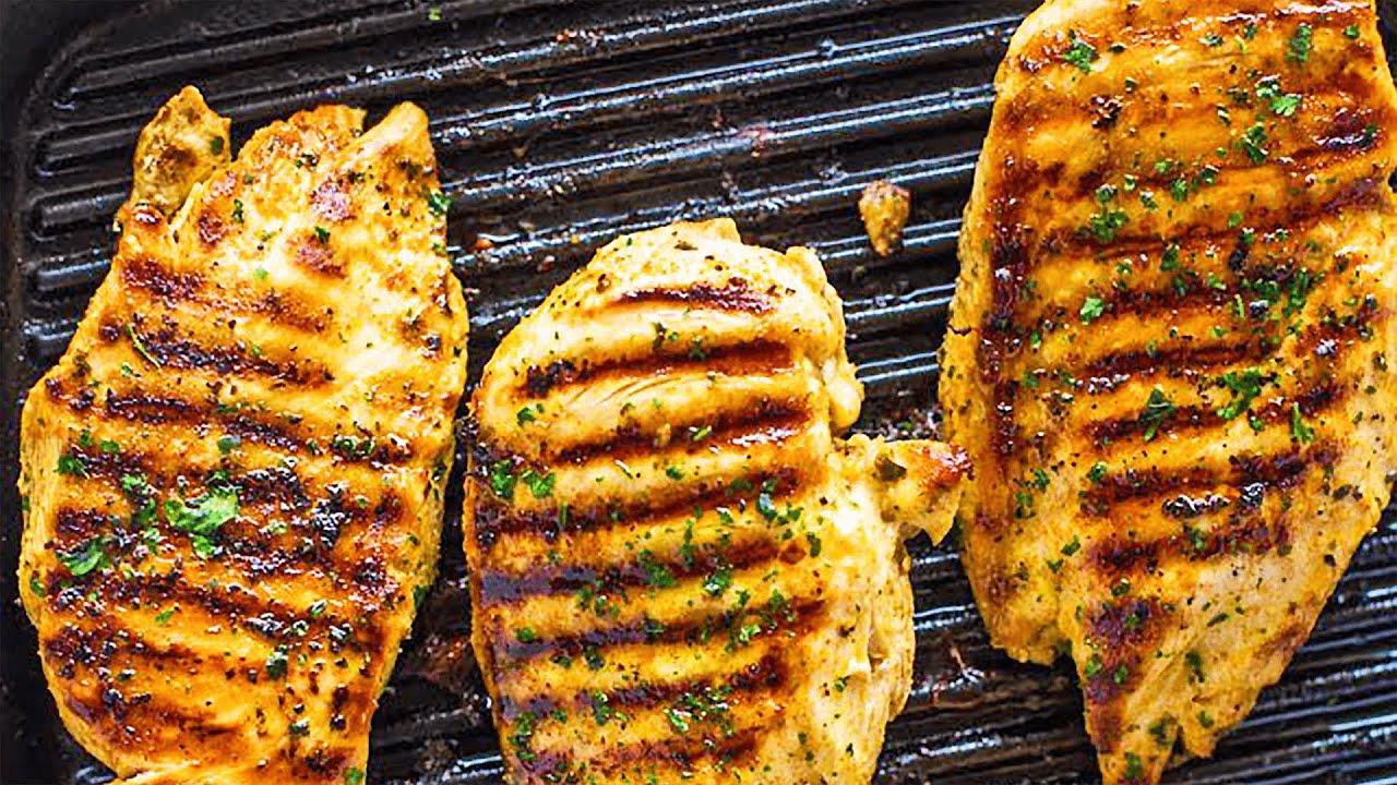 Cara Supaya Dada Ayam Panggang Tetap Lembap dan Juicy