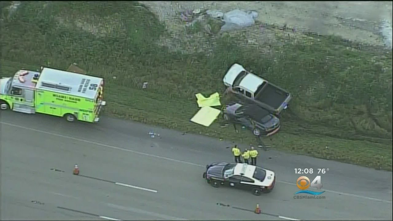 Two Dead In Early Morning Turnpike Crash