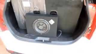 XUV 500 Subwoofer and Component Speakers Added