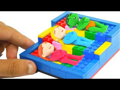 KIDS SLEEPING IN TOY BEDS ❤ SUPERHERO PLAY DOH CARTOONS FOR KIDS