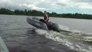 видео На что надо обращать внимание при выборе надувной двух местной лодки, ПВХ лотки для рыбалки