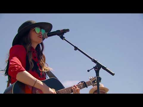 "Dawn Landes - ""What Is The Color Of The Soul Of A Man"" (Live From Stagecoach 2019)"