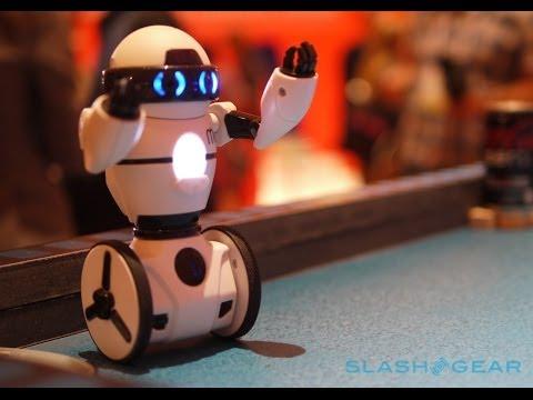 WowWee MiP Bluetooth robot hands-on