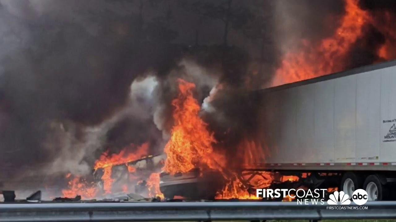 Fiery crash leaves 7 dead, including children, on I-75 near