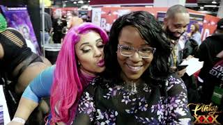 Download Video PINKYXXX @ Chicago Exxxotica - with Fans - 2019 MP3 3GP MP4