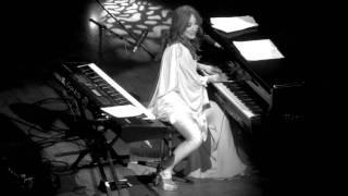 Tori Amos - Dragon - Live @ The Orpheum 12-18-11 in HD