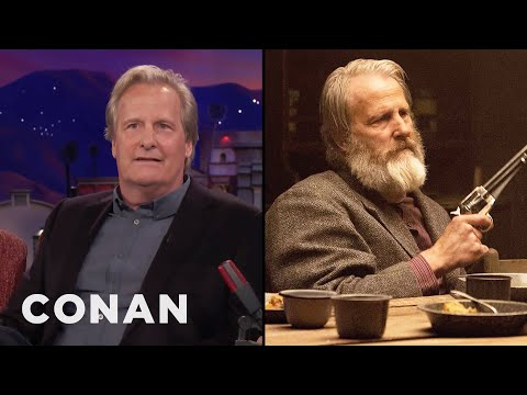 Jeff Daniels' Mother Hated His