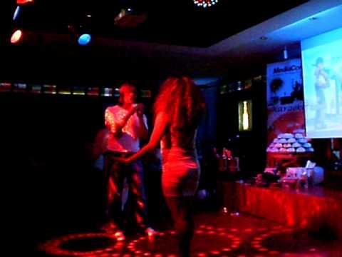 Jonah & Rose ''Stars On Stage'' Duet Karaoke competition