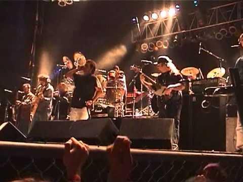 Los Fabulosos Cadillacs en vivo - Welcome to Tijuana - 3/21/2001