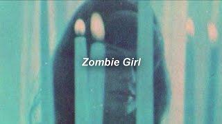 Adrianne Lenker- Zombie Girl (Lyrics/ Sub Español)