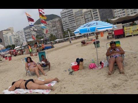 Сексуальные бразильянки на пляже Рио де Жанейро. Самые большие граффити в мире.  Еда в Бразилии