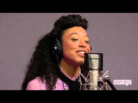 """Corinne Bailey Rae - """"Put Your Records On"""" - KXT Live Sessions"""