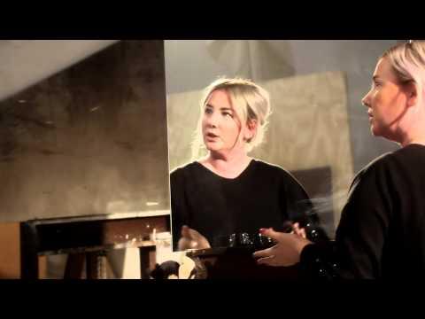 Artists Up Close: Bronzing Naturally with Amber Dreadon | MAC Cosmetics