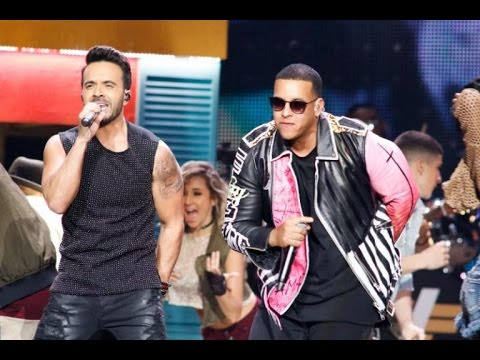 Luis Fonsi Ft Daddy Yankee - Despacito ( Premios Billboard 2017)
