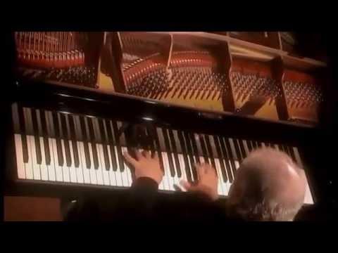 Beethoven | Piano Sonata No. 13 in E flat major | Daniel Barenboim