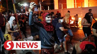 Paraguay pandemic response sparks violent protests