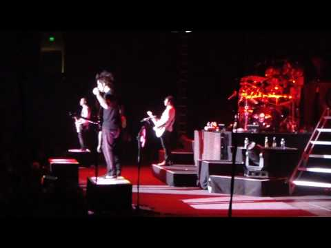 Avenged Sevenfold - Unholy Confessions Live In Oakland, Ca