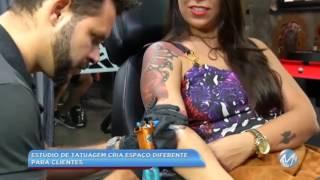 Para driblar a crise: estúdio de tatuagem oferece espaço diferenciado