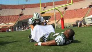 Upper Deck's NFL Top 10 Touchdown Dance Contest