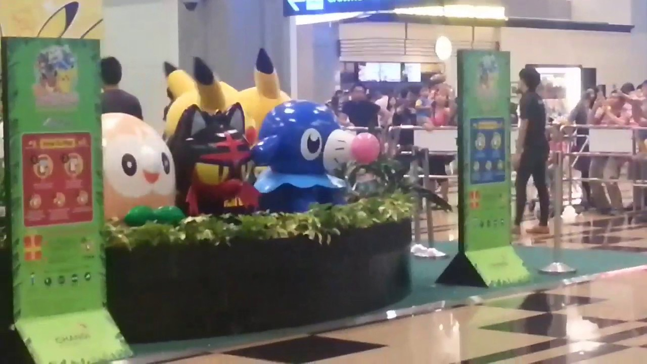 Pikachu Meet And Greet At Changi Airport Terminal 3 2 Youtube