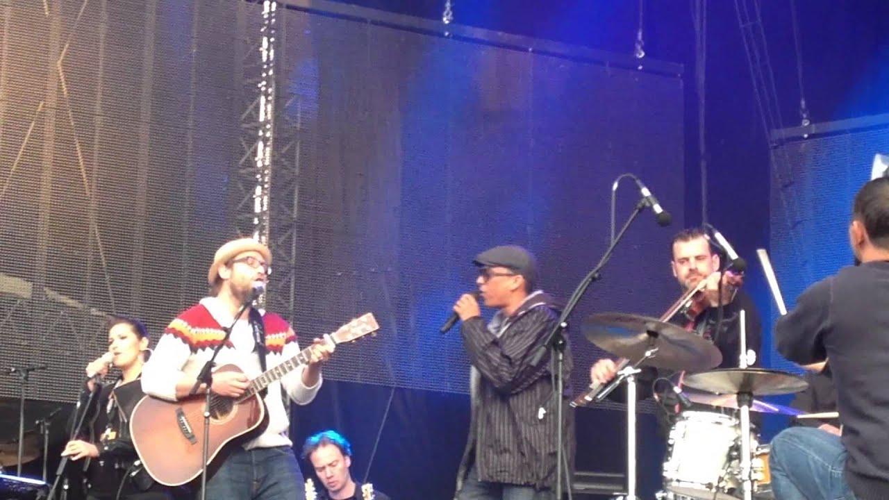 Gregor Meyle & Xavier Naidoo - Du bist das Licht - live Dortmund ...