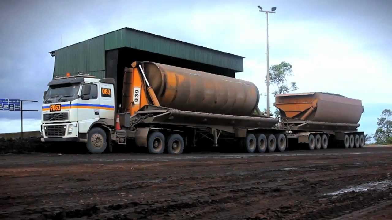 Volvo Trucks - Heavy hauling in Indonesia - YouTube