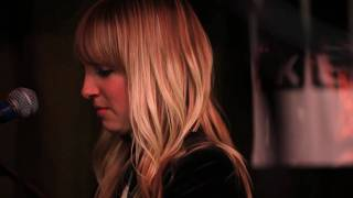 The Mynabirds - Numbers Don