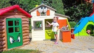 Игрушки патруль щенячий и Настя строят домик для друзей
