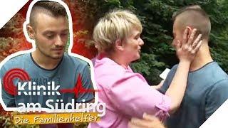 Max klaut Mamas Geld vom Konto und läuft von zu Hause weg! | Die Familienhelfer | SAT.1