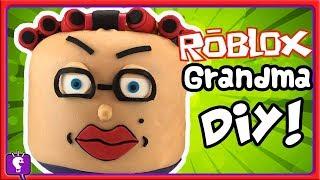 ROBLOX Escape GRANDMA'S House Play-Doh Build avec Imaginext Obstacle Course Par HobbyKidsTV