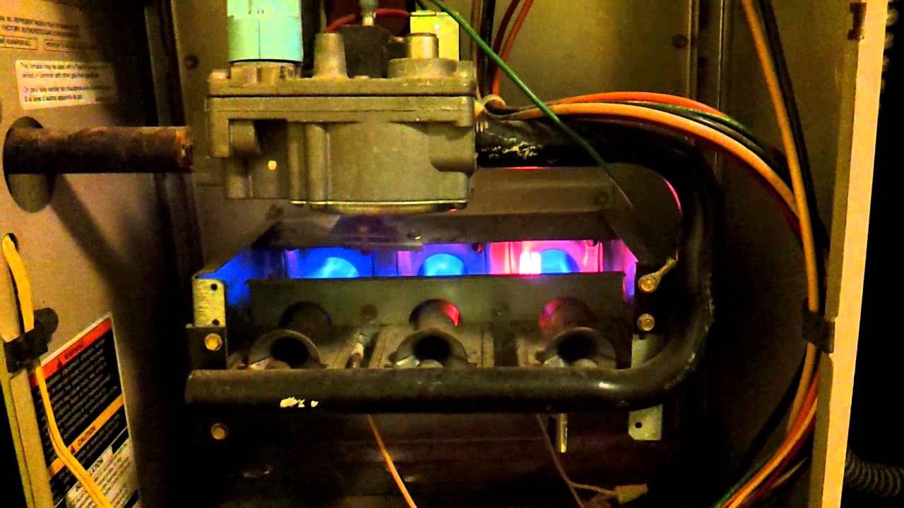 Carrier Weathermaker 8000 Gas Furnace Start Up and Operation  YouTube