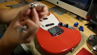 Squier By Fender Vintage Modified Mustang Bridge Replacement