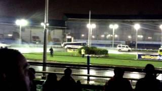 Video Wimbledon Banger Racing Big Vans 26/12/2014 - Blossom wins the death download MP3, 3GP, MP4, WEBM, AVI, FLV Desember 2017
