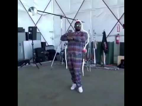 "Diddy Dancing To ""Mass Appeal""  Gangstarr"