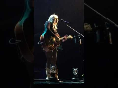 Miranda Lambert - Tin Man - Green Bay 3/2/17