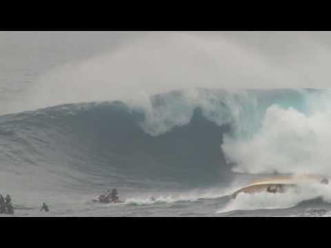 Koa Rothman Bomb & Boat Flips @ Jaws Peahi Maui March 2014