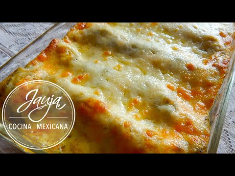 How to Make Chicken Enchilada Casserole With Salsa Verde