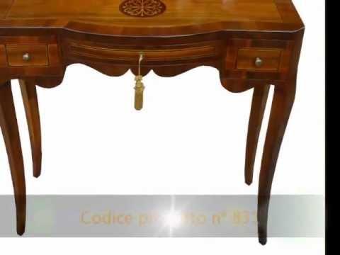Piccolo tavolino consolle in stile classico lucidata e intarsiata a ...