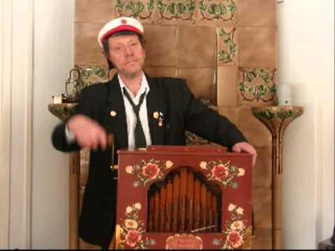 Papagenos Glockenspiel (Mozart) played with a Raffin street-organ