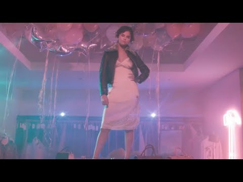 Selena Gomez – Dance Again (Official Music Video)