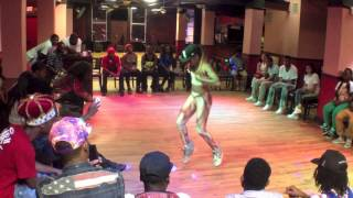 Princess vs Tia | Battle Of The Sexes | Memphis Jookin 2013