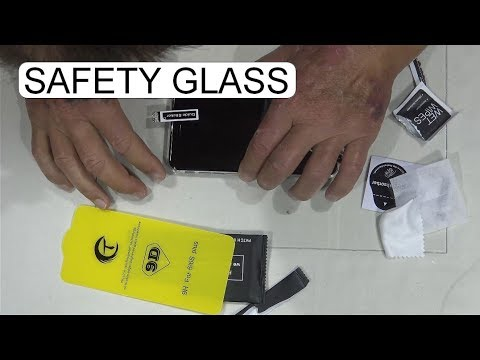 how-to-mount-a-safety-glass-on-the-iphone
