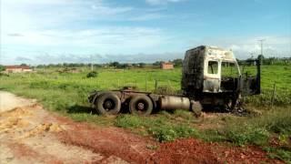 Cavalinho de carreta foi abandonada e ateada fogo no Km 60 da CE 356