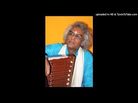 Tumi Robe Nirobe by Pandit Tarun Bhattacharya