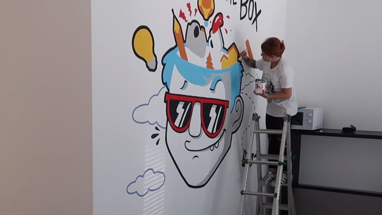 Think Outside the Box | Murales in Ufficio